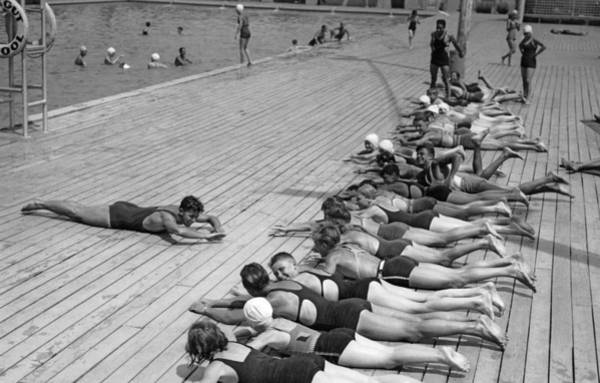 Physical Training Wall Art - Photograph - Children Getting Swim Lessons by Underwood Archives