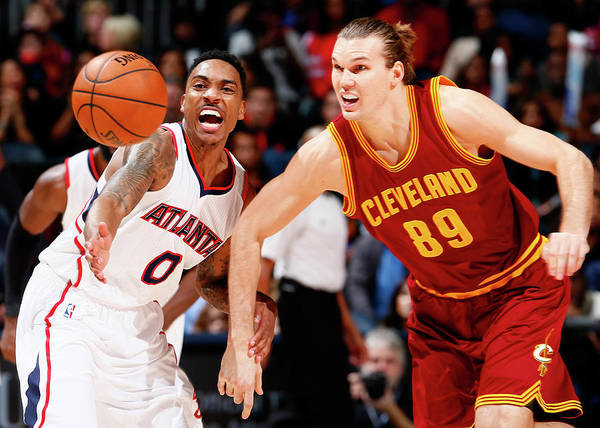 Photograph - Cleveland Cavaliers V Atlanta Hawks by Kevin C. Cox