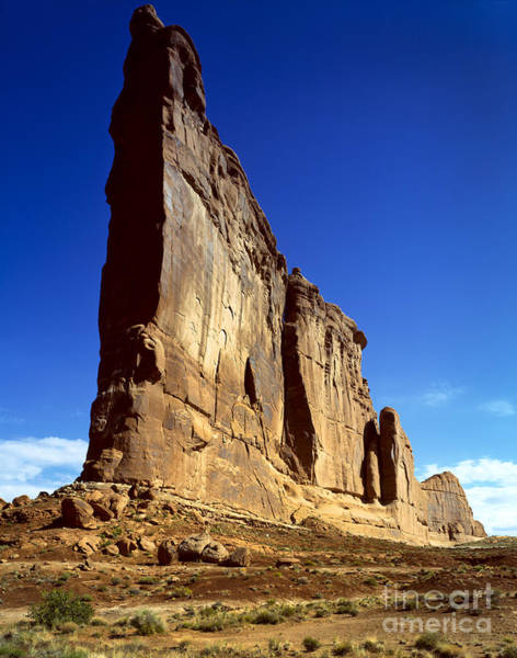 Courthouse Towers Wall Art - Photograph - Courthouse Towers, Arches National by Rafael Macia