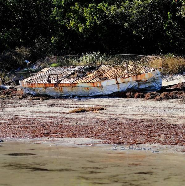 Photograph - Cuban Chug Beached by R B Harper