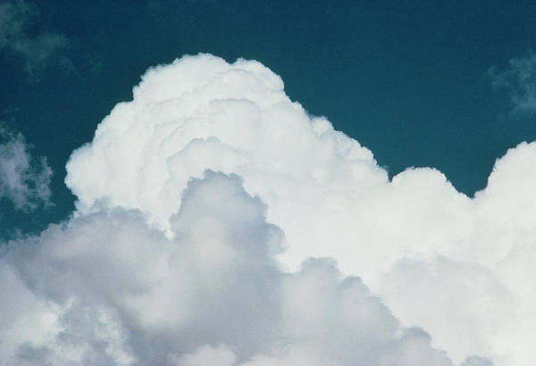 Cumulus Photograph - Cumulus Clouds by Pekka Parviainen/science Photo Library