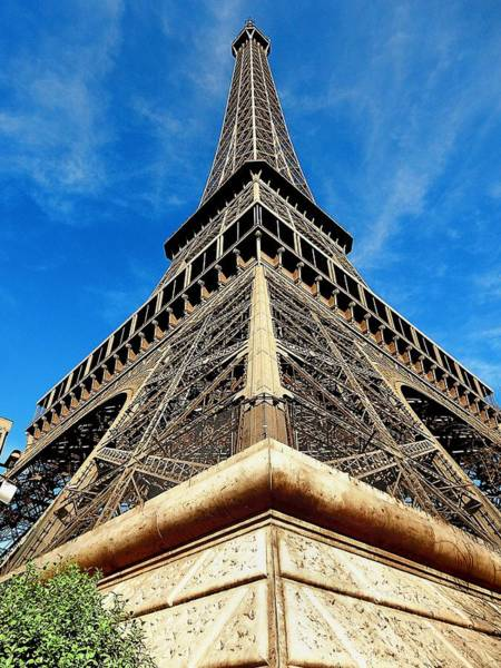 Photograph - Eiffel01 by Gerald Greenwood