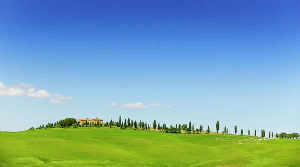 Tuscany Photograph - Farmhouse In Tuscany Landscape by Pidjoe