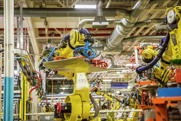 Manufacturing Plant Wall Art - Photograph - Fiat Chrysler Plant by Jim West/science Photo Library