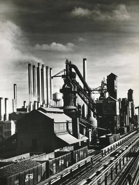 Wall Art - Photograph - Ford's River Rouge Plant by Underwood Archives