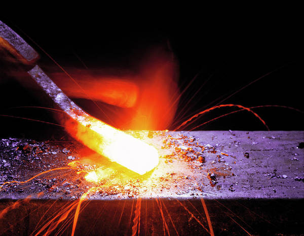 Anvil Photograph - Forging Metal by Simon Lewis/science Photo Library