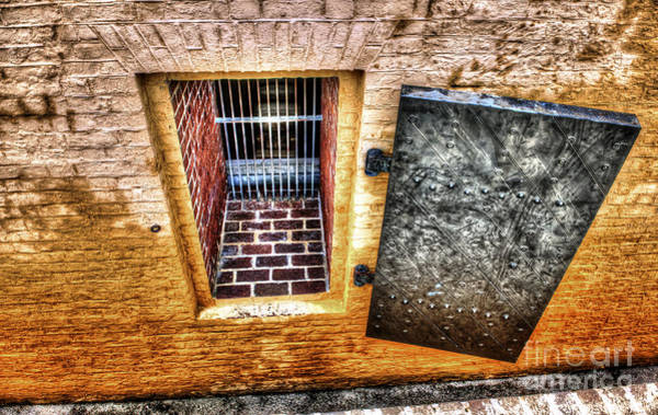 Photograph - Fort Moultrie Window by Dale Powell