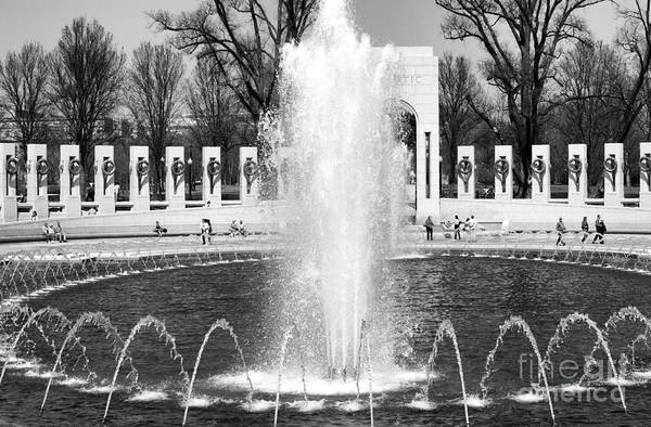 Photograph - Fountains At The World War II Memorial In Washington Dc by William Kuta