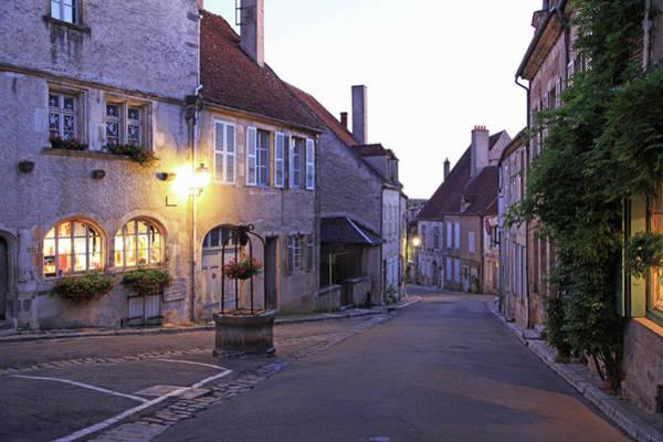 Burgundy Photograph - France, Vézelay by Hiroshi Higuchi
