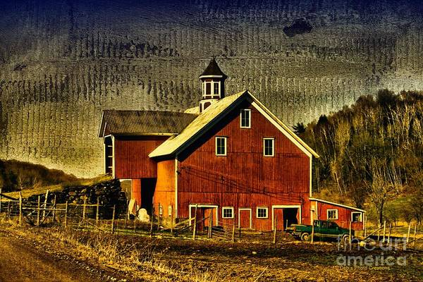 Photograph - Franklin Spring Barn by Deborah Benoit