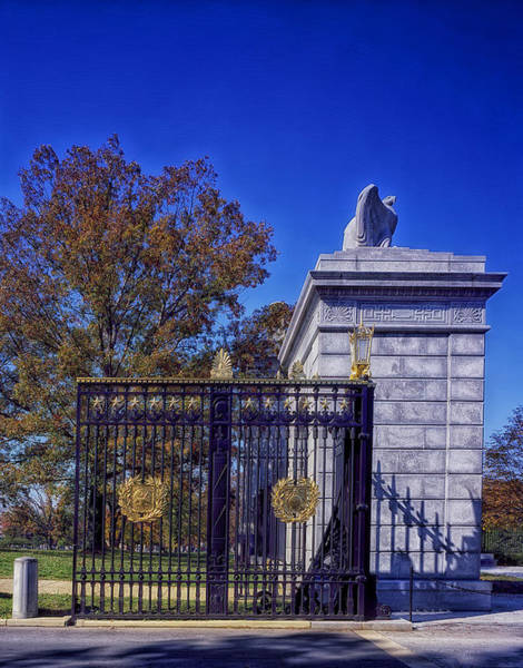 Famous Cemeteries Photograph - Gate To Arlington Cemetery by Mountain Dreams