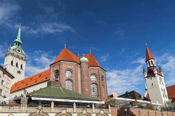 Rathaus Photograph - Germany, Bavaria, Munich, Peterskirche by Walter Bibikow