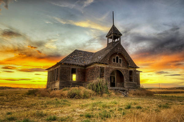 Schoolhouse Photograph - Govan Schoolhouse by Michael Gass