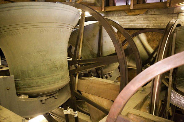 Toil Photograph - Great Bell Of Bow by Adam Hart-davis/science Photo Library