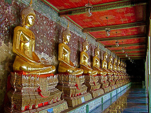 Wat Suthat Photograph - Hall Of Buddhas At Wat Suthat In Bangkok-thailand by Ruth Hager