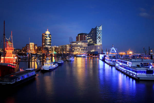 Photograph - Hamburg Skyline by Marc Huebner