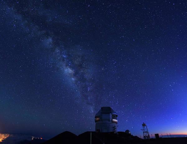 Big Island Photograph - Hawaii, Mauna Kea Observatory by Michele Falzone