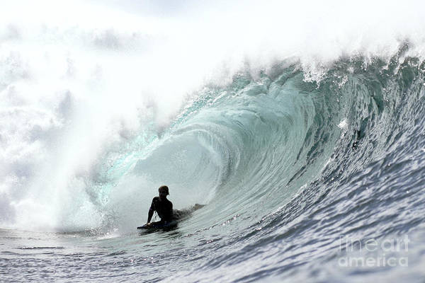Wall Art - Photograph - Hawaii, Oahu, North Shore, Afternoon Surfing On Large Waves. Editorial Use Only. by Vince Cavataio