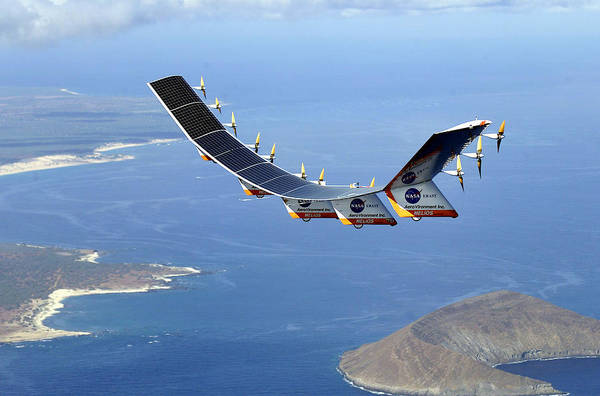 Uas Wall Art - Photograph - Helios Prototype, Solar-electric by Science Source