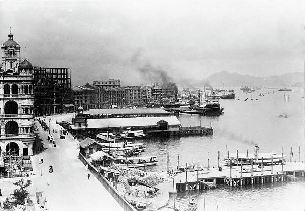 Wall Art - Photograph - Hong Kong Harbour by Library Of Congress/science Photo Library