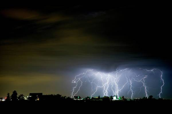 Electric Storm Photograph - Huge Electrical Storm by Roger Hill/science Photo Library