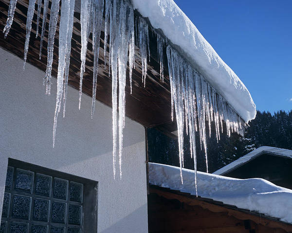 Chalet Photograph - Icicles by Adam Hart-davis/science Photo Library