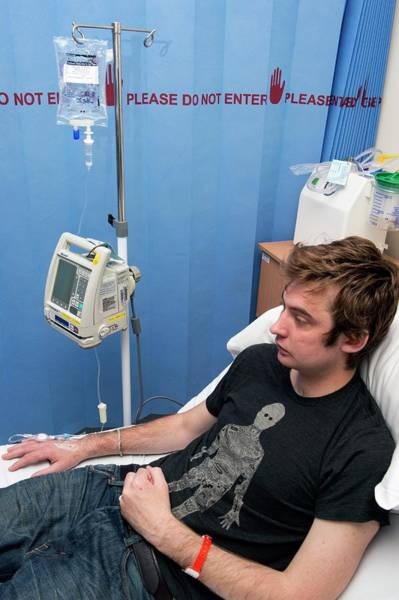 Pump Photograph - Infliximab Infusion For Crohn's Disease by Dr P. Marazzi/science Photo Library