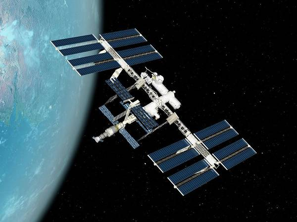 International Space Station Photograph - International Space Station by Sciepro/science Photo Library