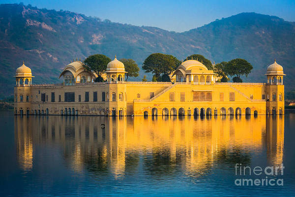 Wall Art - Photograph - Jal Mahal by Inge Johnsson