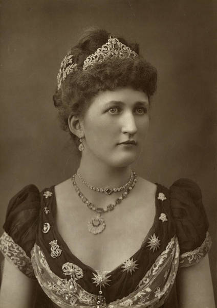 Lethbridge Photograph - Julia Mary, (nee Lethbridge),  Lady by Mary Evans Picture Library