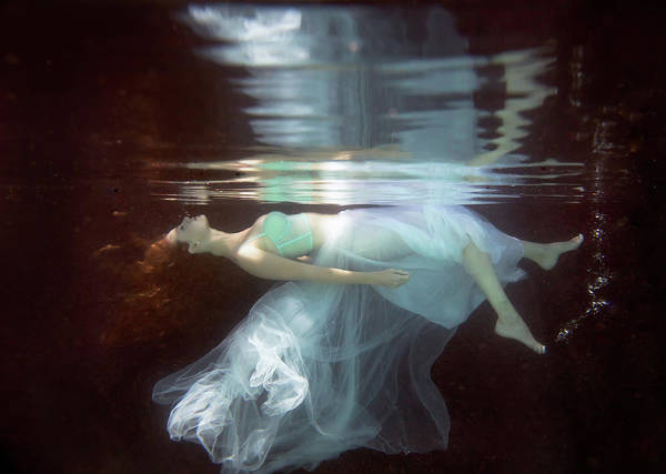 Breath Photograph - Laura by Gabriela Slegrova