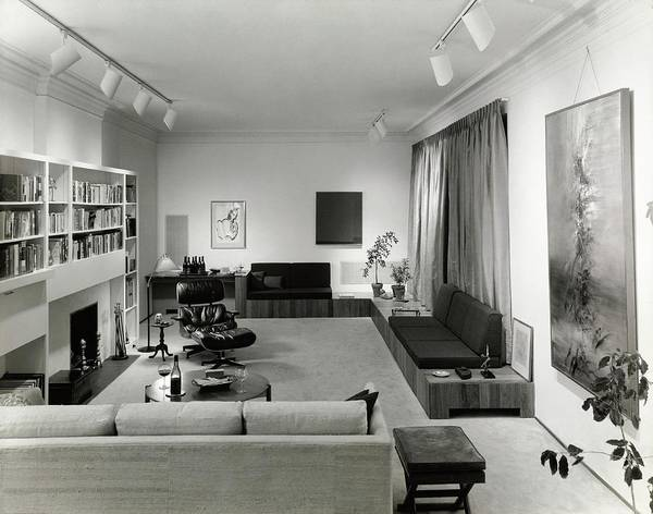 Coffee Table Photograph - Living Room by Tom Leonard