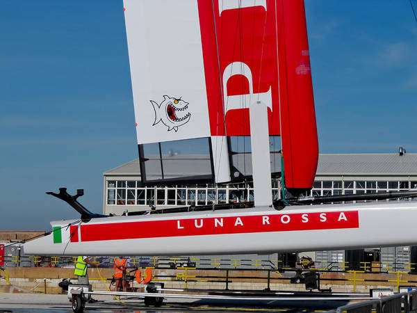 Ac45 Photograph - Luna Rossa Piranha by Lorenzo Tonello