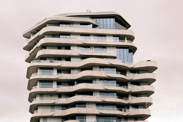 Behnisch Architekten Photograph - Marco Polo Tower Hamburg Hafencity by Jannis Werner