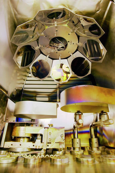 Microelectromechanical Systems Wall Art - Photograph - Mems Production by Colin Cuthbert/science Photo Library