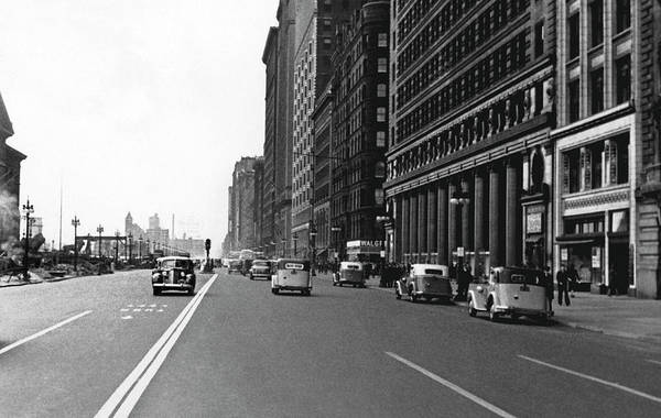 Photograph - Michigan Avenue In Chicago by Underwood Archives