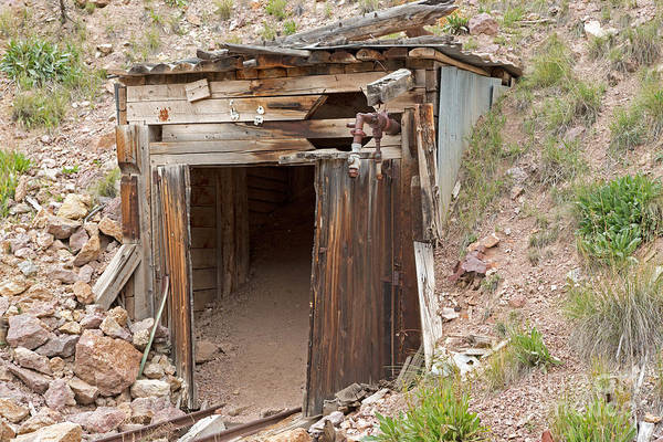Photograph - Midwest Mine On The Bachelor Historic Tour by Fred Stearns