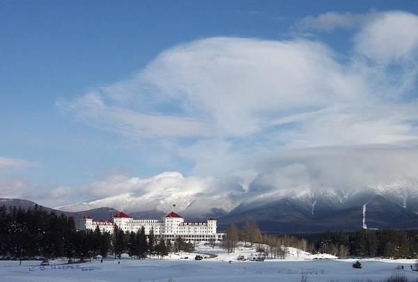Photograph - Mount Washington Hotel by R B Harper