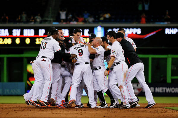 Miami Marlins Photograph - New York Mets V Miami Marlins by Rob Foldy