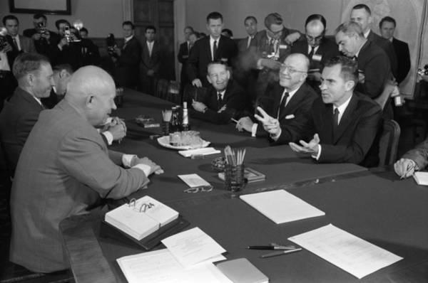 Photograph - Nixon And Khrushchev, 1959 by Granger