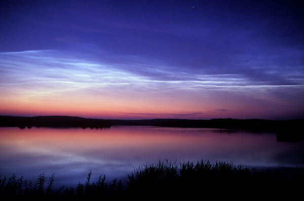 Silhoutte Photograph - Noctilucent Cloud by Pekka Parviainen/science Photo Library