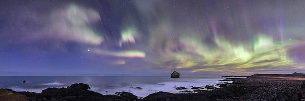 Wall Art - Photograph - Northern Lights Over Eldey Island by Babak Tafreshi/science Photo Library