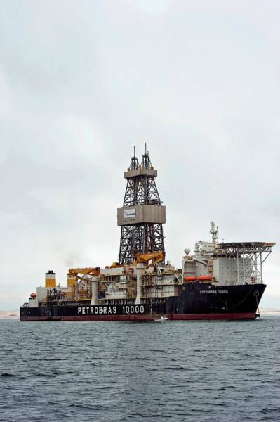 Drilling Rig Photograph - Oil Drilling Ship by Tony Camacho/science Photo Library