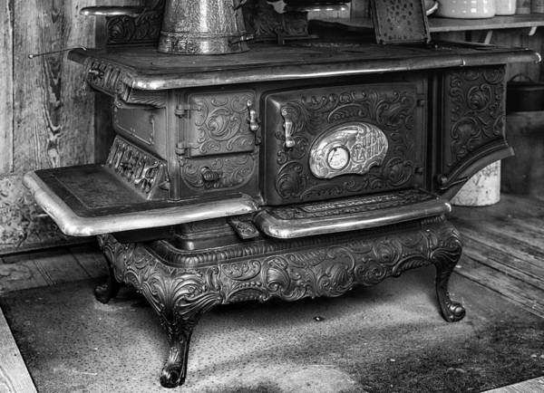 Clarion Photograph - Old Clarion Wood Burning Stove by Lynn Palmer