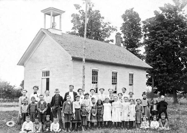 1890s Wall Art - Photograph - One Room Schoolhouse by Underwood Archives