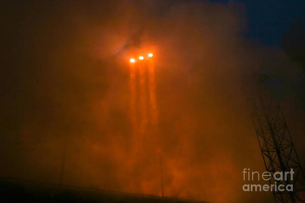 Delta Iv Photograph - Orion Capsule Test Launch, Cape by Chris Cook