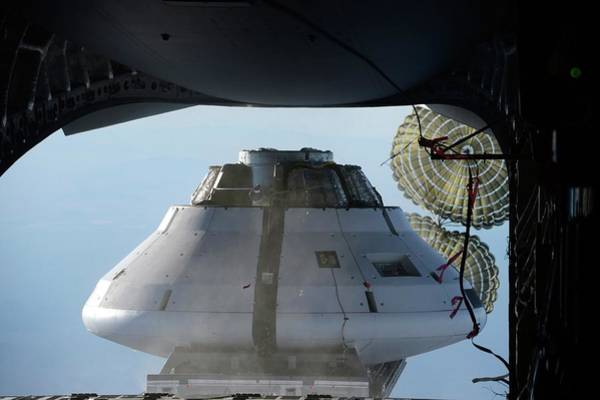 Yuma Photograph - Orion Parachute Drop Testing by Nasa/science Photo Library
