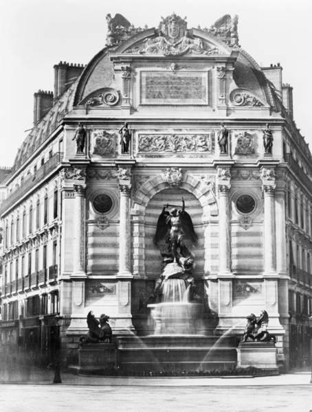 Wall Art - Photograph - Paris Fontaine Saint-michel by Granger