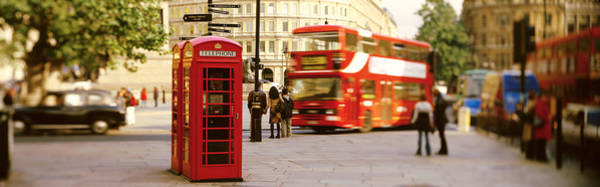 Box Car Photograph - Phone Box, Trafalgar Square Afternoon by Panoramic Images