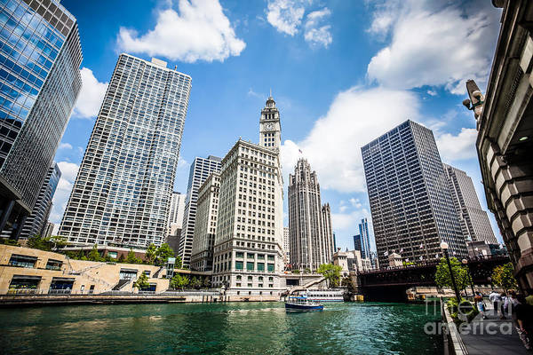 Chicago Tribune Wall Art - Photograph - Photo Of Chicago Downtown River Buildings by Paul Velgos